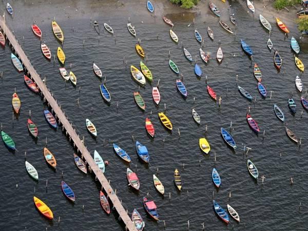 Bơi thuyền là một hoạt động phổ biến ở Rio. Bờ biển thành phố có vô số thuyền và du thuyền.