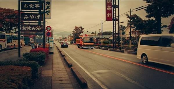 Đường phố rất sạch sẽ và an toàn.