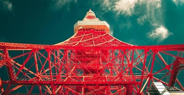 Biểu tượng của Tokyo - tháp truyền hình.