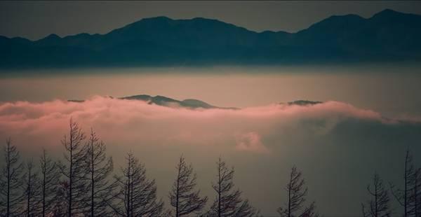 Cảnh từ trạm số 5 núi Phú Sĩ nhìn xuống.