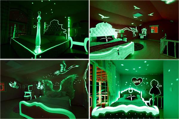 Mỗi căn phòng có một chủ đề khác nhau, trên mặt thường, viền giường, bàn trang điểm... đều ánh lên màu trắng xanh huyền bí.
