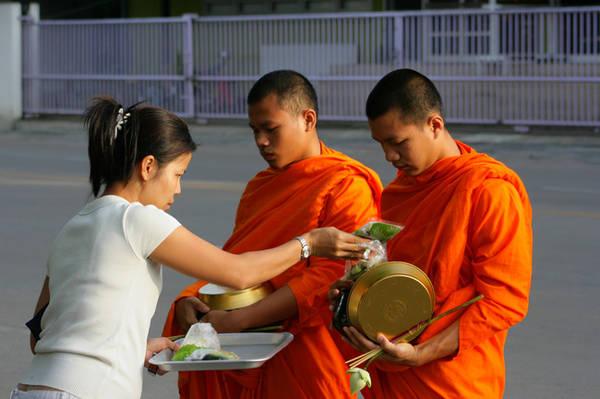 thai-lan-va-10-dieu-ban-can-nam-long-khi-di-du-lich-ivivu-2
