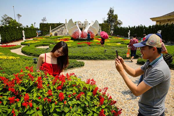 Vườn hoa tình yêu. Ảnh: banahills