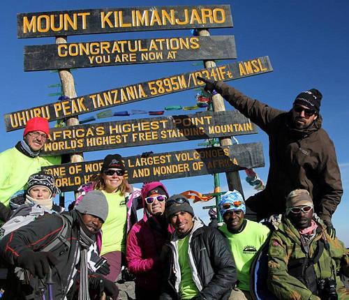 Kilimanjaro là ngọn núi nổi tiếng ở Tanzania và là ngọn núi cao nhất châu Phi. Ảnh: Nicoday.
