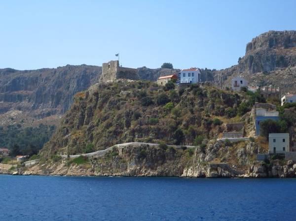 Toàn cảnh khu vực phế tích lâu đài các hiệp sĩ Thánh John - Ảnh: blogspot