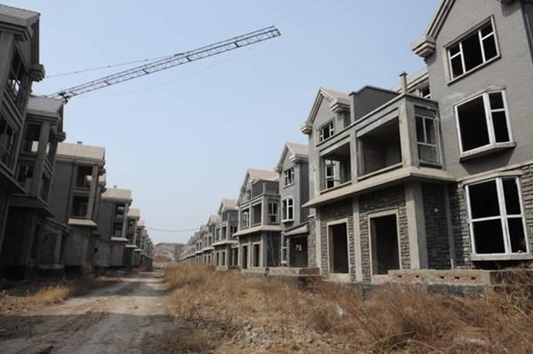 100 biệt thự không có người sinh sống ở Thái Nguyên, tỉnh Sơn Tây, Trung Quốc.