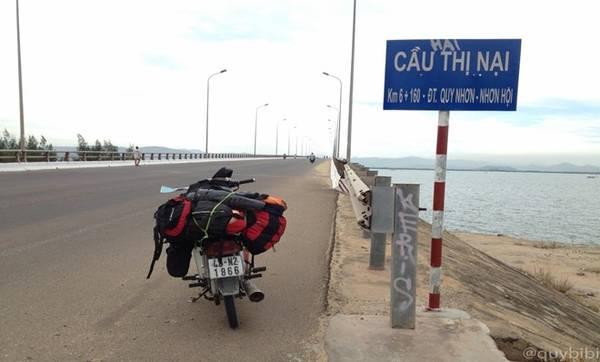 Cầu Thị Nại hay cầu Nhơn Hội - cây cầu vượt biển dài nhất Việt Nam.