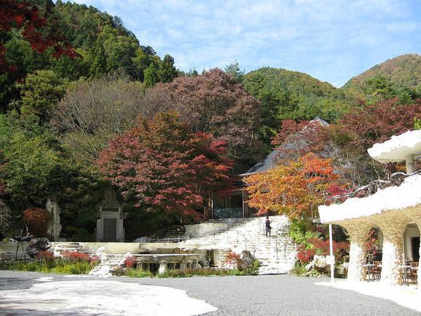 Tòa nhà chính dẫn đến phòng trưng bày tại Bảo tàng Itchiku Kubota - Ảnh: wp