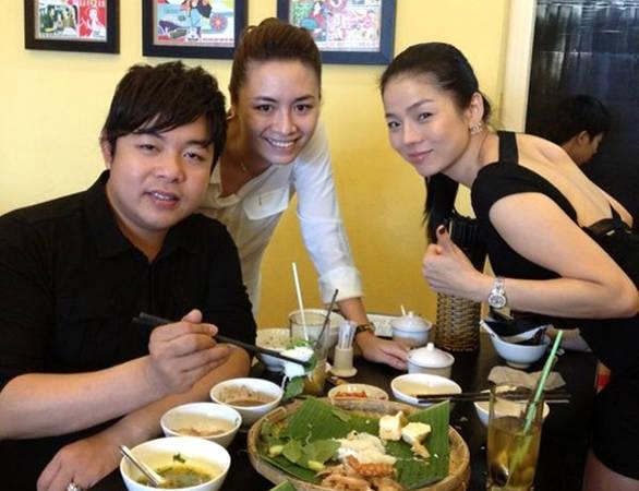 Ca sĩ Quang Lê và nữ hoàng phòng trà Lệ Quyên trong một lần ghé quán.