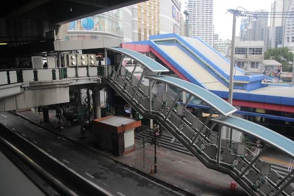 tau-dien-tren-cao-bangkok-ivivu-5