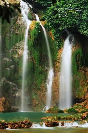 Đây là một trong những danh lam thắng cảnh lớn nhất của Việt Nam và thác lớn thứ 4 thế giới trong các thác nước nằm trên đường biên giới giữa các quốc gia, sau Niagra (Canada - Mỹ), Victoria (Zambia - Zimbabwe) và Iguazu (Brazil - Argentina).