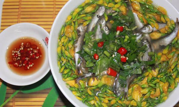 Mùa nước nổi đến An Giang nhớ thưởng thức món canh chua cá linh bông điên điển.