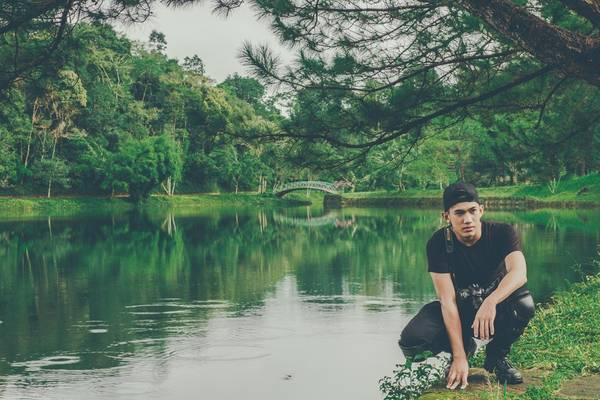 Hồ Ngọc nằm trong quần thể khu du lịch Drambi. Nước hồ xanh màu ngọc bích, khung cảnh đẹp và yên bình. Ảnh: Hiếu Dương.