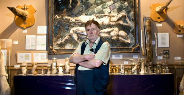 Bảo tàng Icelandic Phallological, hay còn được biết tới với tên gọi bảo tàng dương vật, nằm ở Reykjavík, Iceland, trở thành địa điểm du lịch không thể bỏ qua khi tới thành phố này. Đây là tâm huyết của vị giáo sư đã nghỉ hưu Sigurdur Hjartarson và bây giờ do con trai ông Hjörtur Gísli Sigurdsson quản lý.
