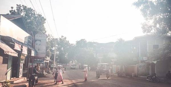 Nằm bên bờ sông Irrawaddy miền Trung Myanmar, Bagan từng là kinh đô hưng thịnh của vương quốc Pagan trong thế kỷ 9-13.