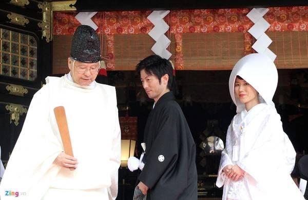 Hiện đền cũng là nơi những gia đình quyền quý tổ chức lễ thành hôn.