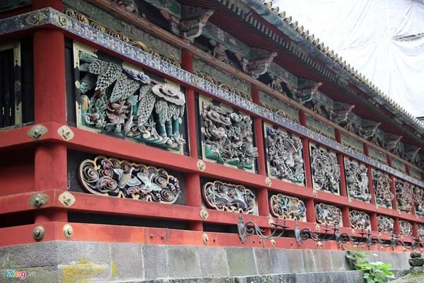 Hơn 4 triệu người thợ làm trong trong 1 năm rưỡi để hoàn thiện cụm đền thờ có kiến trúc vô cùng sắc sảo này. Den tho nguy nga nhat xu Phu Tang hinh anh 10