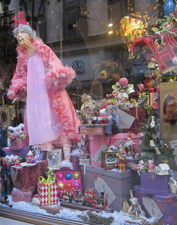 Fairy-space dolls shop in Budapest (Hungary).
