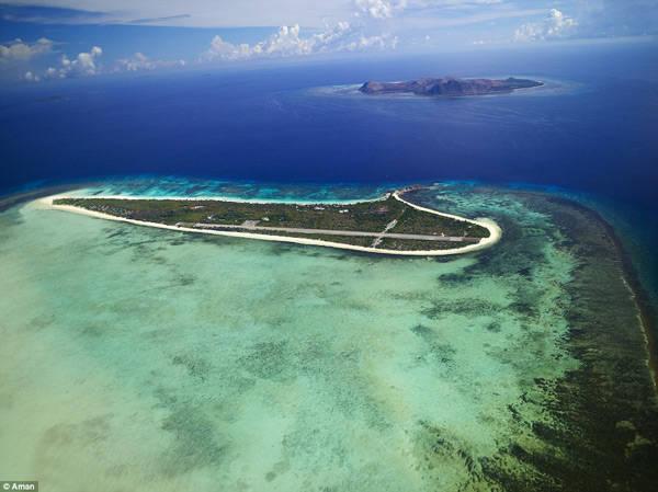 Pamalican là hòn đảo tư nhân, dành riêng để phục vụ các hoạt động du lịch đẳng cấp cao ở Philippines. Resort Amanpulo trên đảo còn được đánh giá là một trong những khu nghỉ dưỡng xa xỉ đẹp nhất trên thế giới.