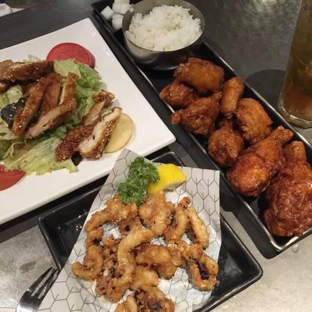 kham-pha-khu-foodcourt-ngon-bo-re-khong-phai-ai-cung-biet-o-bangkok-ivivu-10