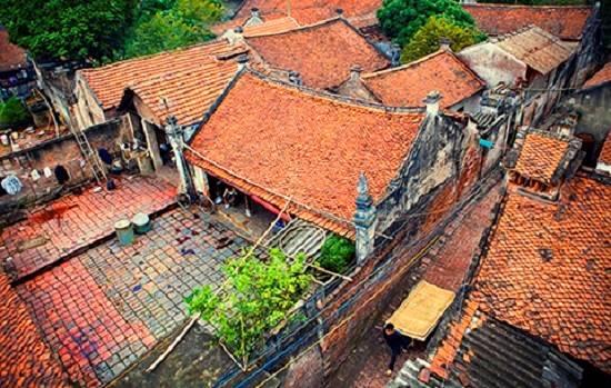 Vẻ đẹp cổ kính của ngôi làng cổ Cự Đà.