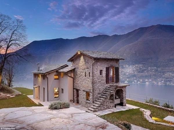 Biệt thự Torno, hồ Como, Italy: Biệt thự này là sự pha trộn hoàn hảo giữa cổ điển và hiện đại, nhìn ra hồ Como - mộttrong những khung cảnh nổi tiếng nhất thế giới.