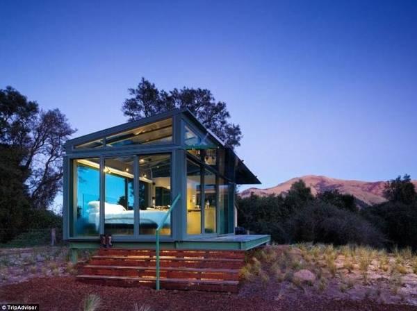 PurePod Cabin, South Island, New Zealand: Trên đảo Nam của New Zealand, du khách sẽ có cơ hội trải nghiệm thế giới tự nhiên với cabin được lắp kính trong suốt này.