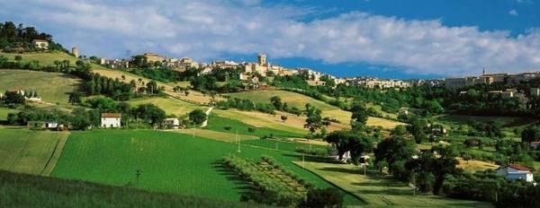 Thành phố thi ca Recanati của Ý - Ảnh: acantocountryhouse.it