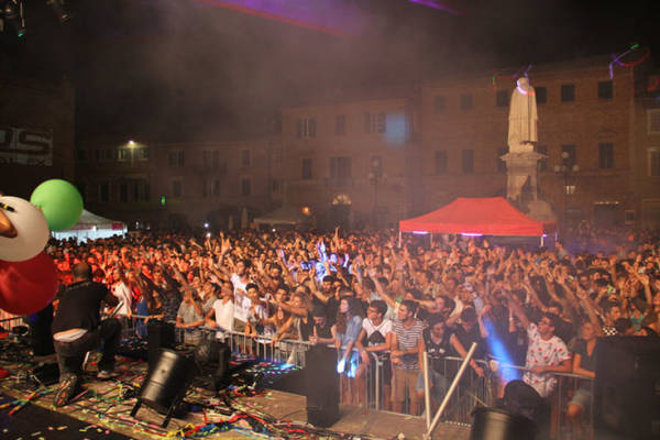 Festival âm nhạc ở Recanati - Ảnh: ilcittadinodirecanati.it