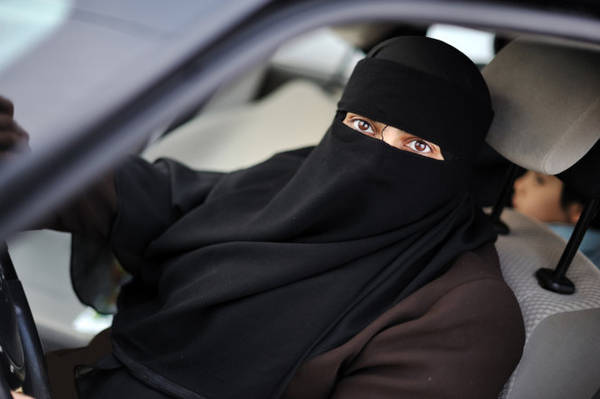 Saudi women are not prohibited from driving, but never get a license - Photo: Kippreport