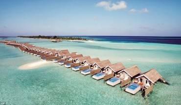 resort-xa-hoa-co-nhieu-be-boi-nhat-o-maldives-ivivu-1