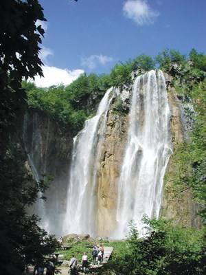 Ngọn thác cao nhất Veliki Slap