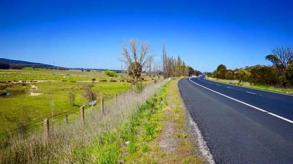 Con đường M31 luôn cho chạy 110 km/giờ - Ảnh: N.N.Tuấn