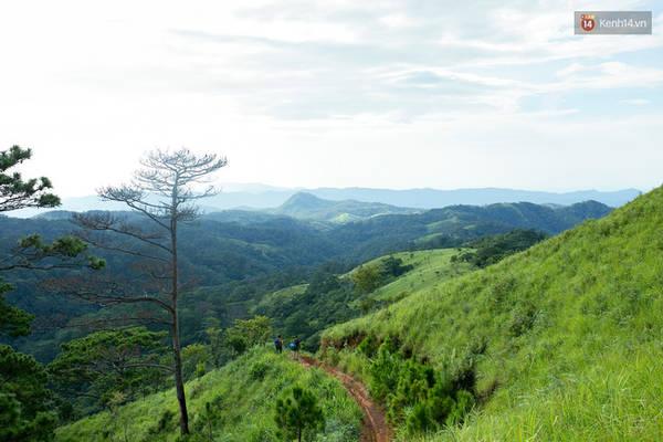 trekking-va-cam-trai-o-doi-ta-nang-di-de-thay-minh-con-tre-va-con-nhieu-noi-phai-chinh-phuc-ivivu-16