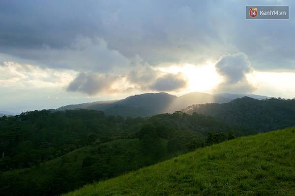 trekking-va-cam-trai-o-doi-ta-nang-di-de-thay-minh-con-tre-va-con-nhieu-noi-phai-chinh-phuc-ivivu-23