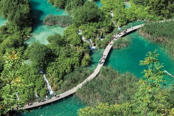Vườn quốc gia hồ Plitvice ở Croatia - Ảnh: National Geographic