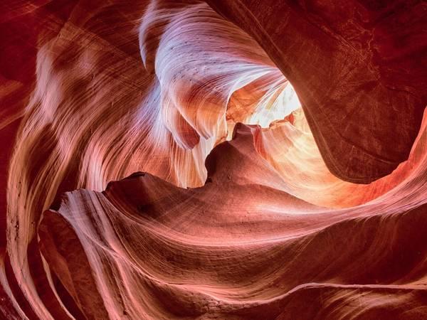 Hẻm núi Antelope, bang Arizona. Đây là điểm đến của những người đam mê nhiếp ảnh. Ảnh: Getty.