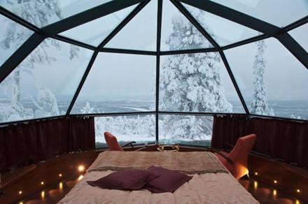 Túp lều bằng kính thật tuyệt để ngắm toàn cảnh Levi, Phần Lan. Ảnh: Chris Parker.