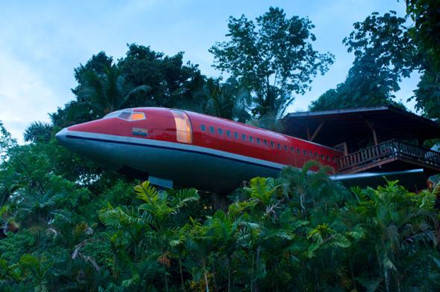 Du khách có thể ngủ trong một chiếc Boeing 727. Ảnh: John Coletti.