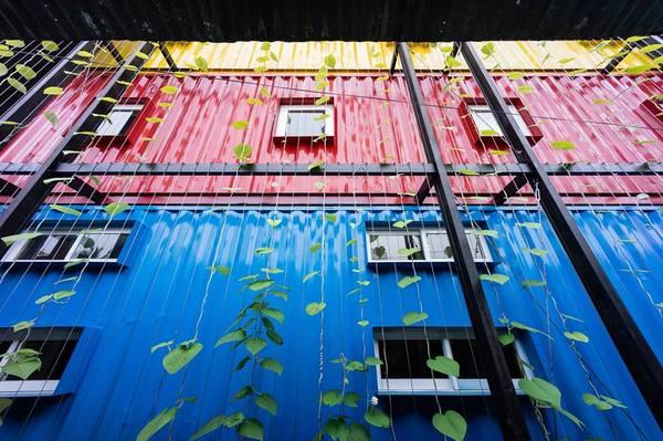 Ccasa-hostel-khach-san-container-doc-dao-dau-tien-o-nha-trang-ivivu-4