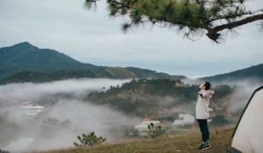 Đồi Thiên Phúc Đức tuyệt đẹp trong MV mới của Quang Vinh. Ảnh: Quang Vinh