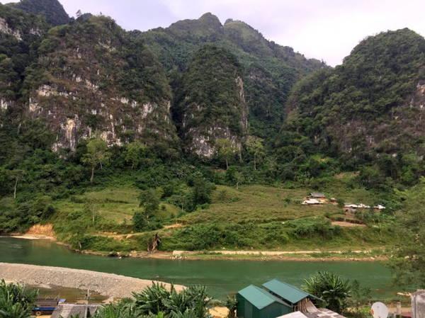 Một góc thị trấn Pắc Miầu - Ảnh: Giang Nguyên