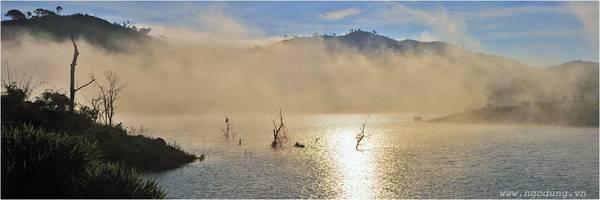 ... đặc biệt là những du khách nước ngoài yêu thích tour du lịch sinh thái - văn hoá - dã ngoại.