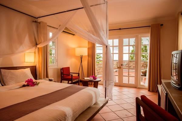 Mỗi phòng nghỉ đều có ban công rộng rãi để du khách thỏa sức ngắm cảnh.