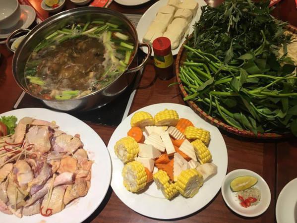 6-dia-chi-buffet-ngon-day-dan-gia-duoi-350-nghin-de-tu-tap-cuoi-nam-o-ha-noi-ivivu-2