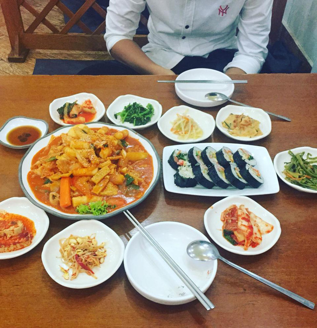 8-quan-an-ngon-khong-gian-dep-gia-phai-chang-de-tam-biet-2016-o-sai-gon-ivivu-15