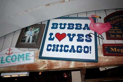 Nhà hàng Bubba Gump trong khu du lịch Navy Pier