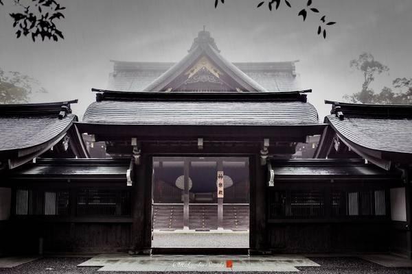 Geku dành riêng cho Toyouke Omikami, các vị thần cung cấp thức ăn thiêng liêng cho các nữ thần tối cao.