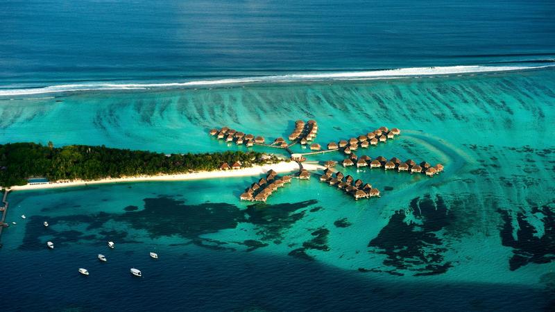 Toàn cảnh khu nghỉ dưỡng Club Med Kani nhìn từ trên cao.