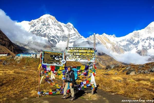 Chuyến trekking 8 ngày với khoảng 100 km, Tuân đã trải qua nhiều cung bậc cảm xúc, từ mệt, đau chân, lạnh run đến lặng người bởi cảnh đẹp.